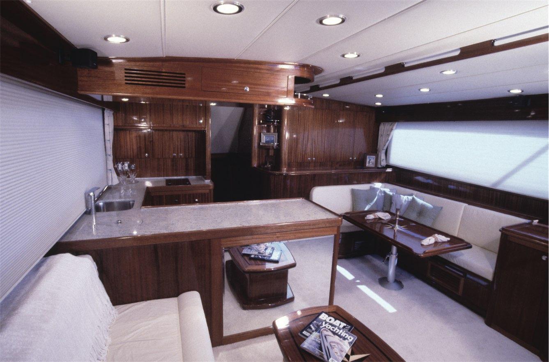 10-SportFish-V54-Interior