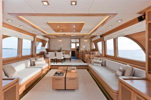 15-Cruiser-V82-Interior-300x200