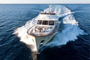 16-Cruiser-V82-Exterior-300x200