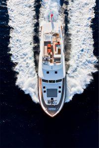 19-Cruiser-V82-Exterior-200x300
