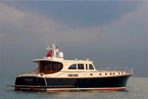 6-Classic-V71-Exterior-300x200