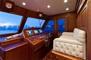 Cruiser_V97_interior_5-300x200